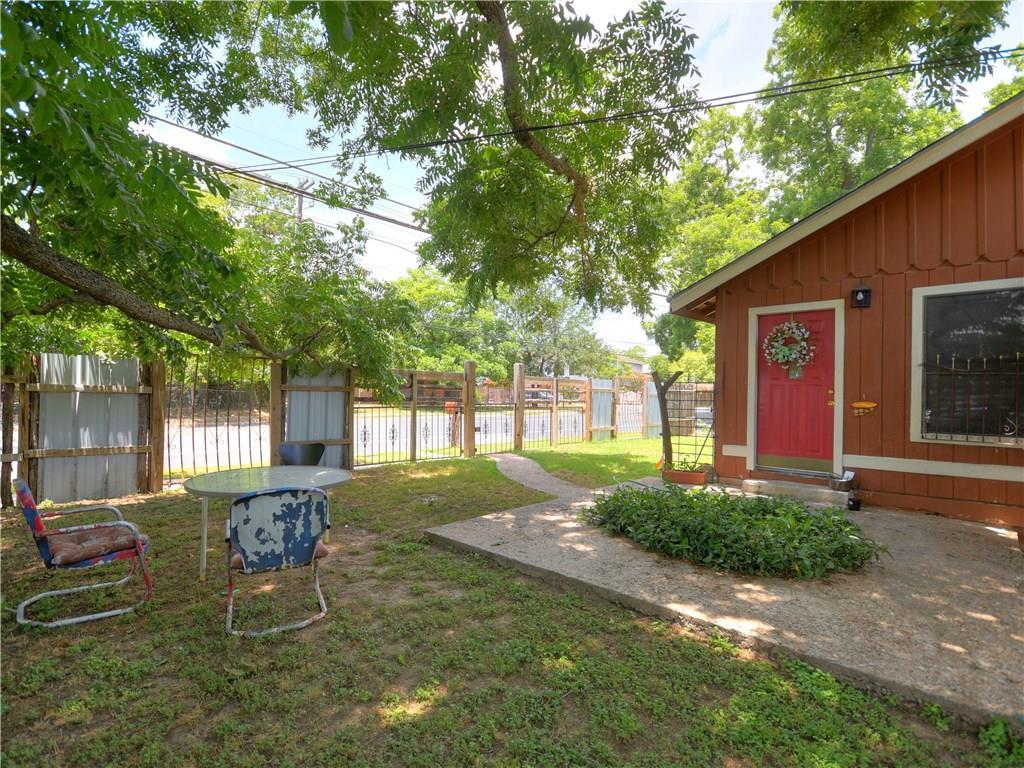 Active | 1047 Springdale Road Austin, TX 78721 10