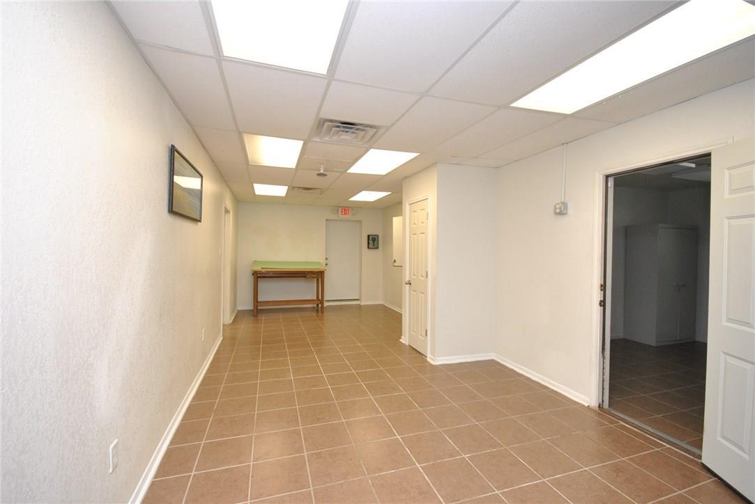 Active | 1621 S Fort Hood Street Killeen, TX 76542 32