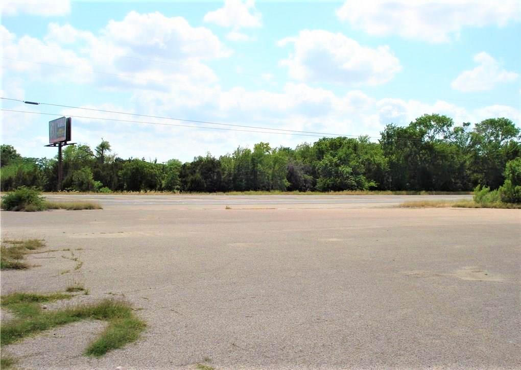 Closed   4851 E Veterans Memorial Boulevard Killeen, TX 76543 0