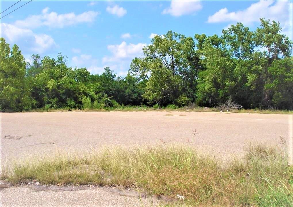 Closed   4851 E Veterans Memorial Boulevard Killeen, TX 76543 2
