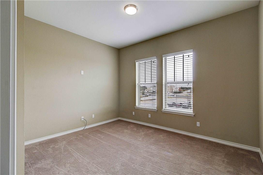 ActiveUnderContract | 1033 Highknoll Lane Georgetown, TX 78628 29