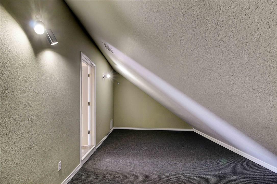 ActiveUnderContract | 1033 Highknoll Lane Georgetown, TX 78628 32