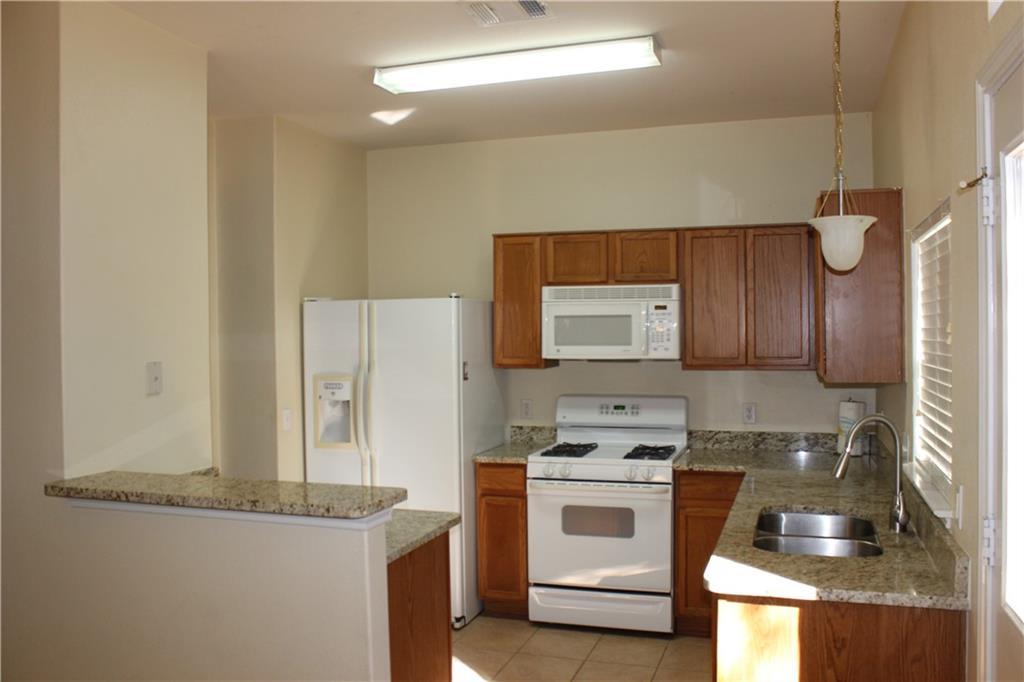 Closed   351 Utterback Street #B Kyle, TX 78640 4