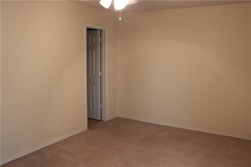 Closed   351 Utterback Street #B Kyle, TX 78640 16