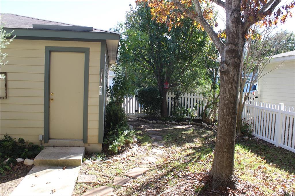 Closed   351 Utterback Street #B Kyle, TX 78640 26