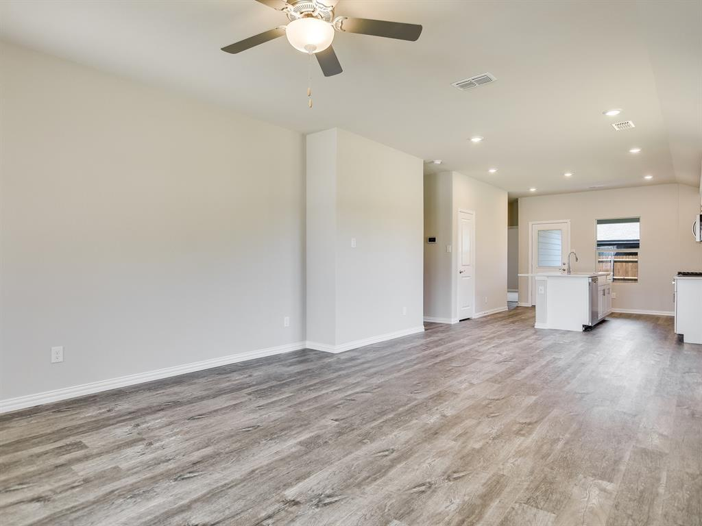 Active | 6333 Spider Mountain Trail Fort Worth, Texas 76179 6