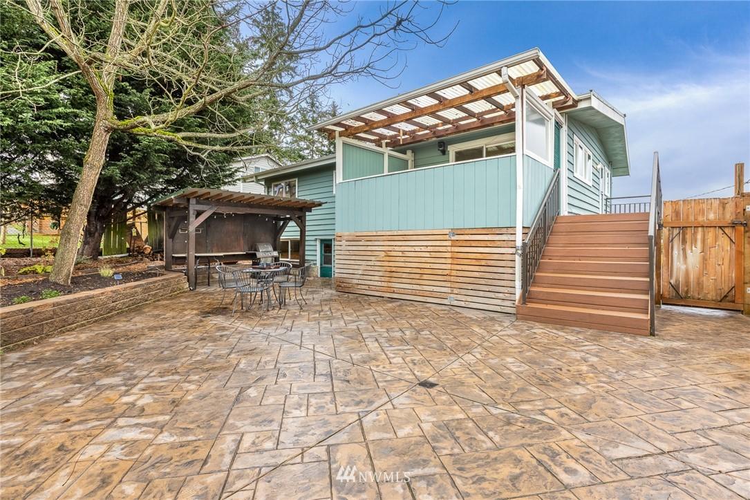 Sold Property | 2128 N 114th Street Seattle, WA 98133 23