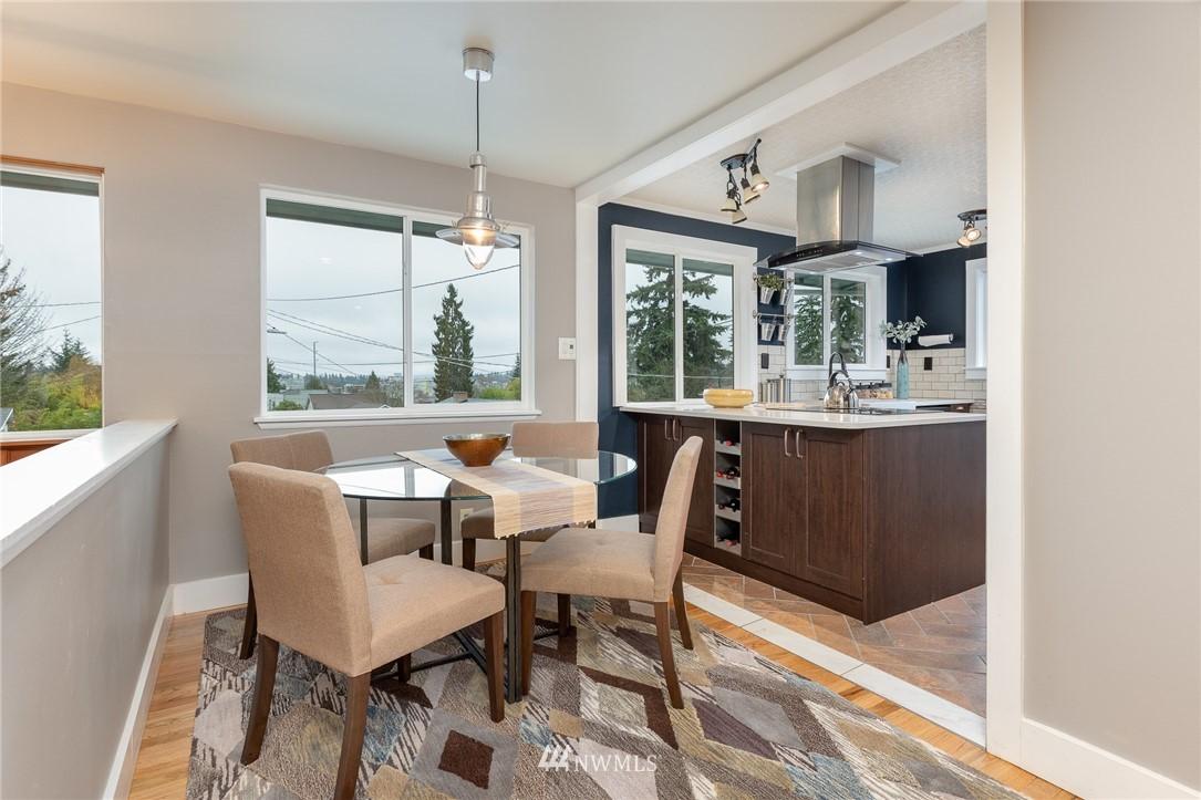 Sold Property | 2128 N 114th Street Seattle, WA 98133 4