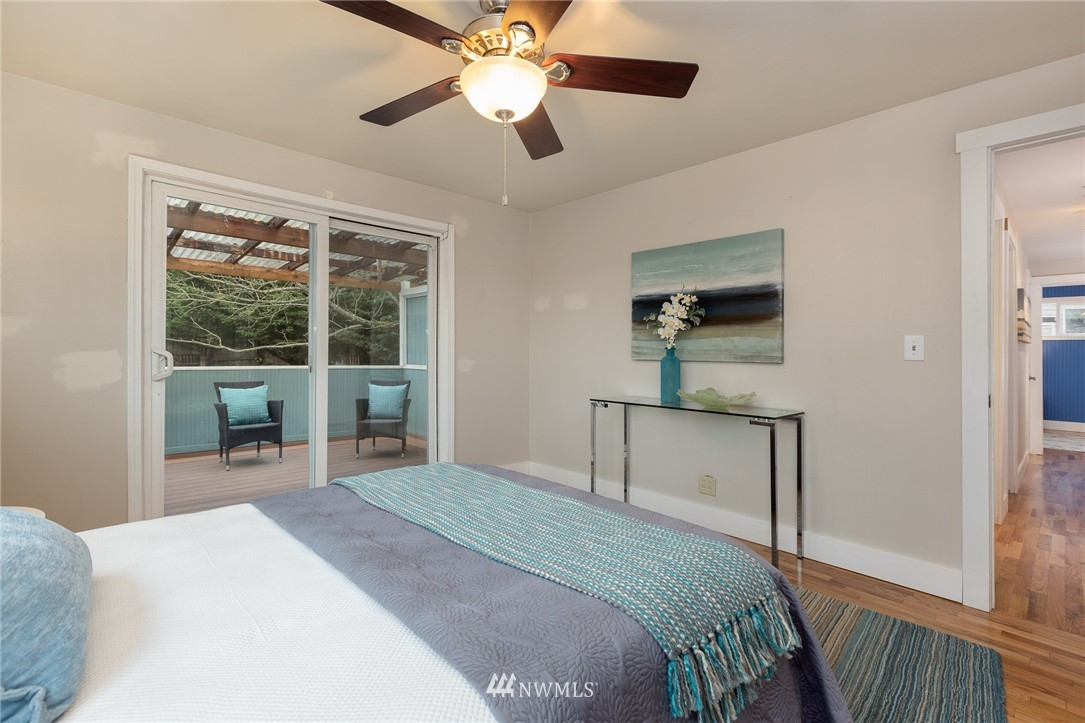 Sold Property | 2128 N 114th Street Seattle, WA 98133 10
