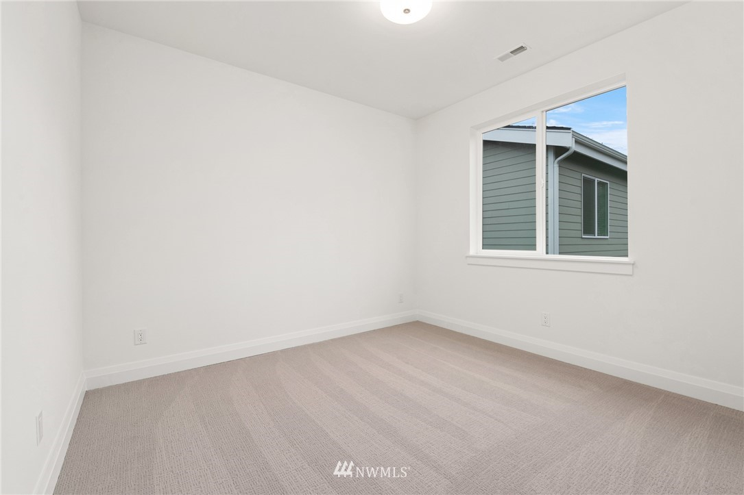 Sold Property   1616 212th Street SW Lynnwood, WA 98036 19