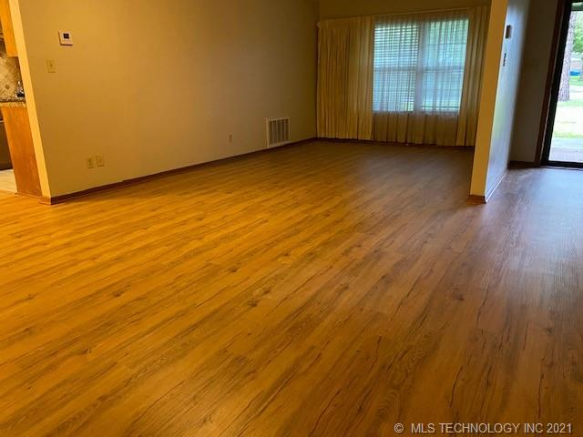 Off Market   1505 Red Bud McAlester, Oklahoma 74501 14