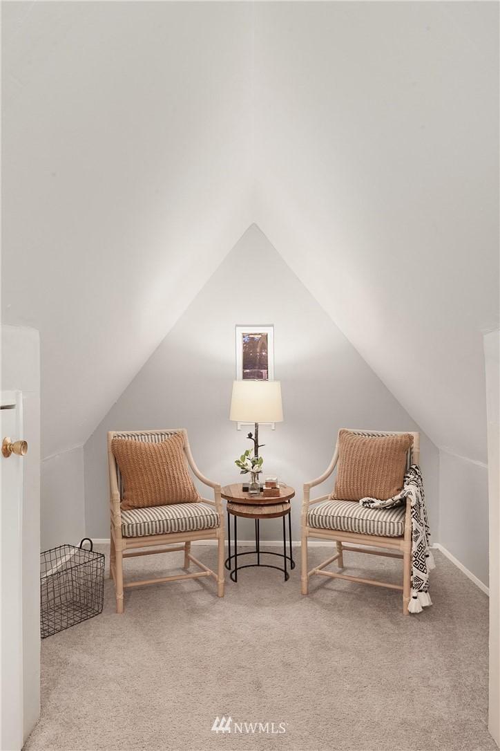 Sold Property   115 NE 80th Street Seattle, WA 98115 10