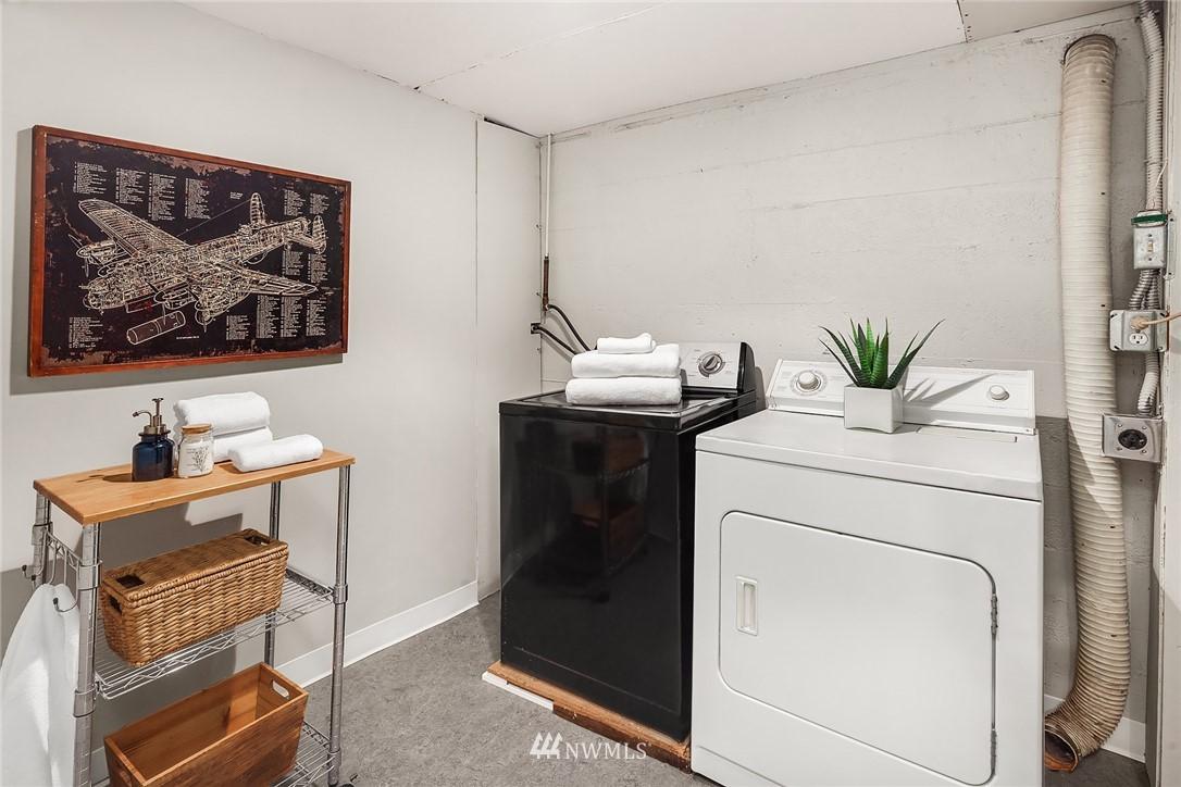 Sold Property   115 NE 80th Street Seattle, WA 98115 20