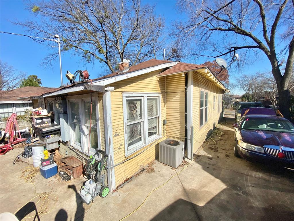 Sold Property | 807 Hollywood Avenue Dallas, Texas 75208 13