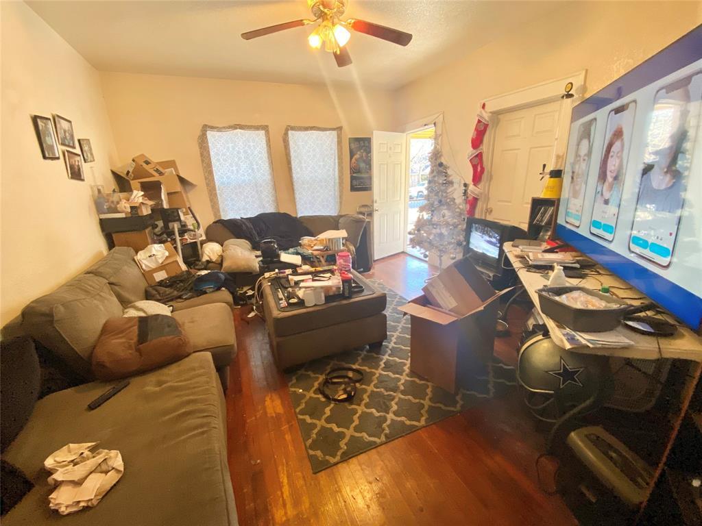 Sold Property | 807 Hollywood Avenue Dallas, Texas 75208 4