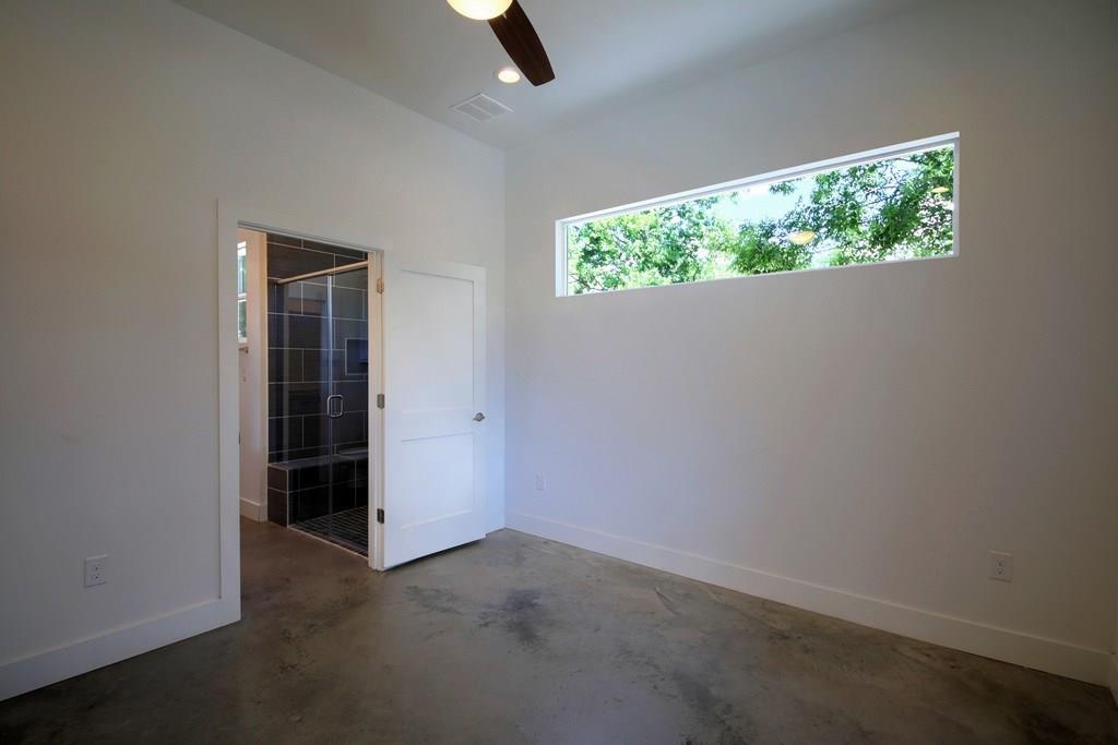 Closed | 7208 Carver Avenue #B Austin, TX 78752 20