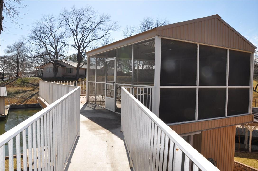 Closed   1726 Williams Lakeshore Kingsland, TX 78639 29