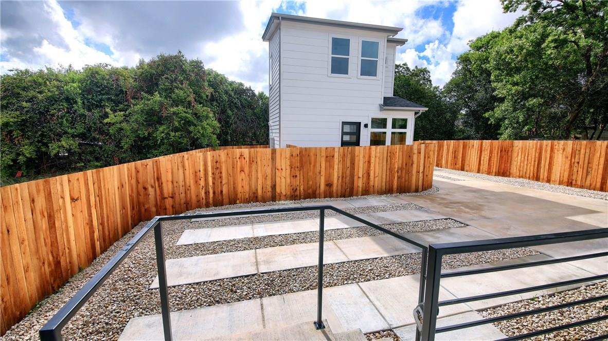 Closed   7011 Bennett Avenue #1 Austin, TX 78752 35