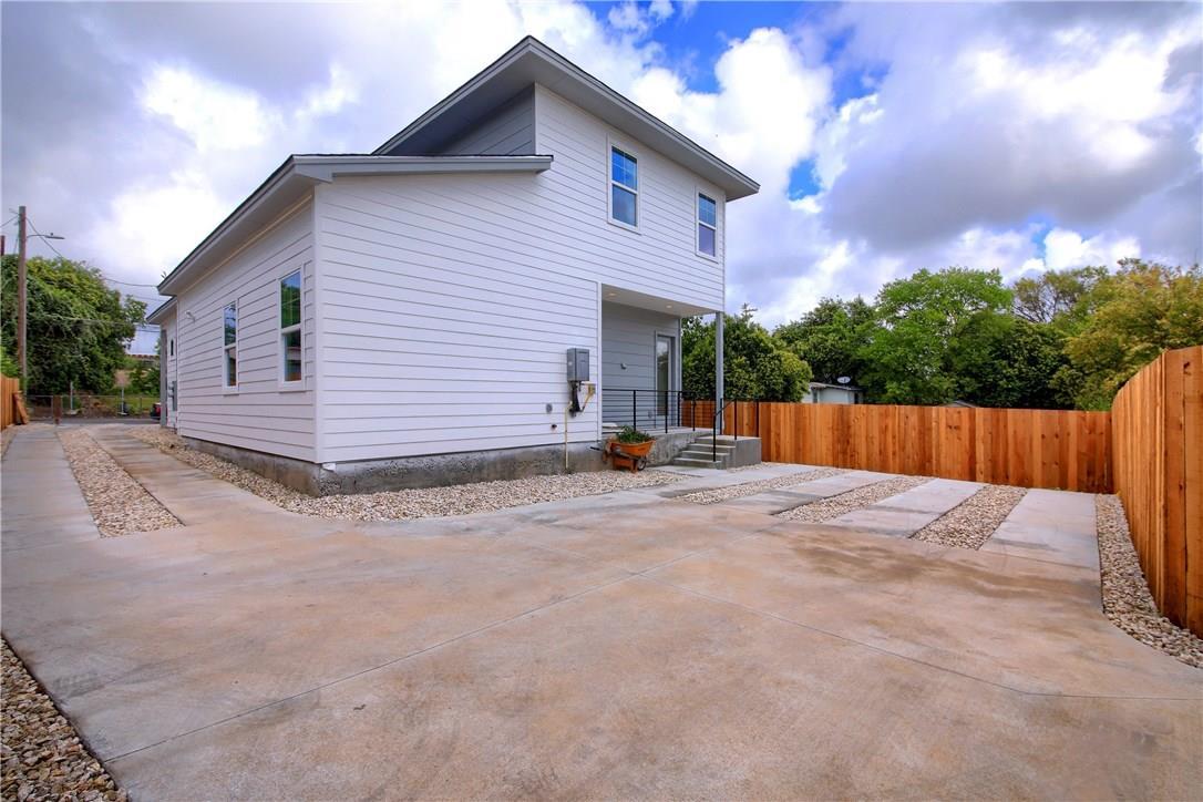 Closed   7011 Bennett Avenue #1 Austin, TX 78752 36