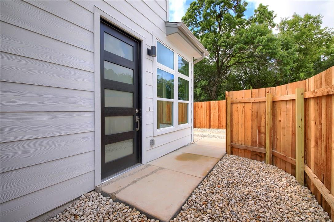 Closed | 7011 Bennett Avenue #2 Austin, TX 78752 5