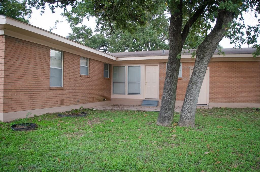 Closed | 2006 Brazos Avenue Rockdale, TX 76567 5