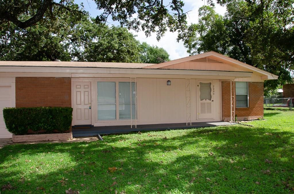 Closed | 2006 Brazos Avenue Rockdale, TX 76567 28