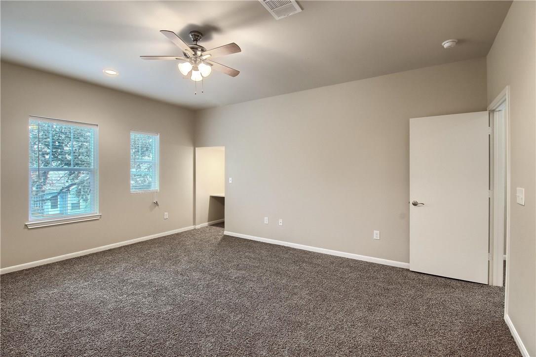 Closed | 214 Munro Street Liberty Hill, TX 78642 9