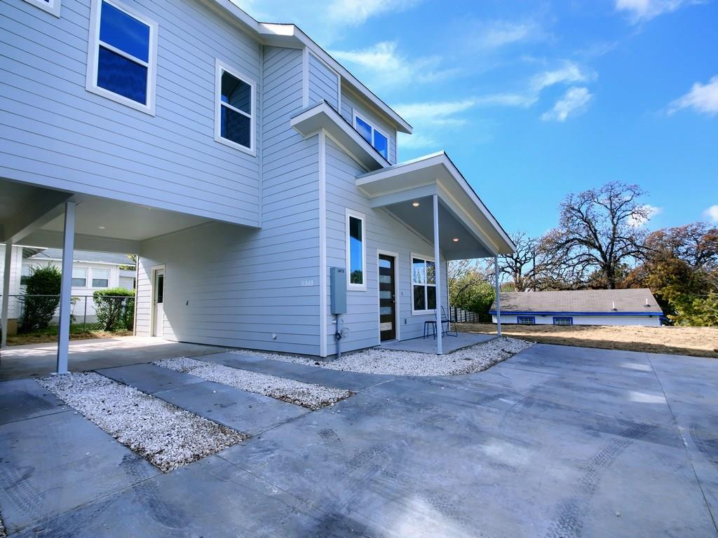 Closed | 1134 Chicon Street #B Austin, TX 78702 3