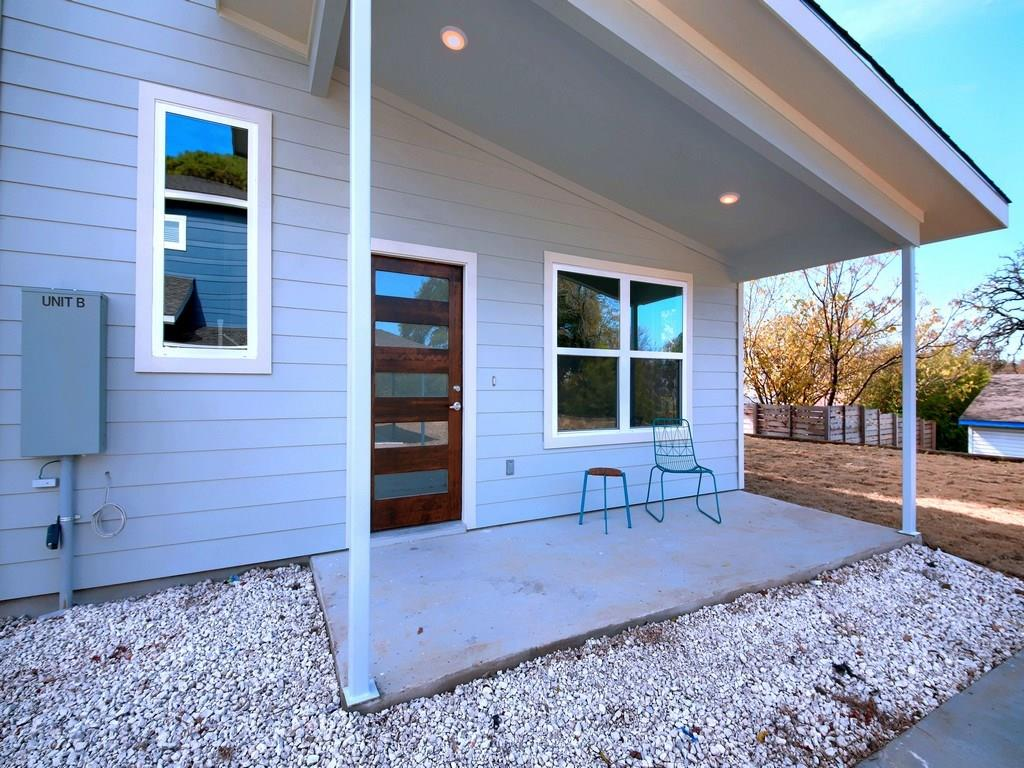 Closed | 1134 Chicon Street #B Austin, TX 78702 5
