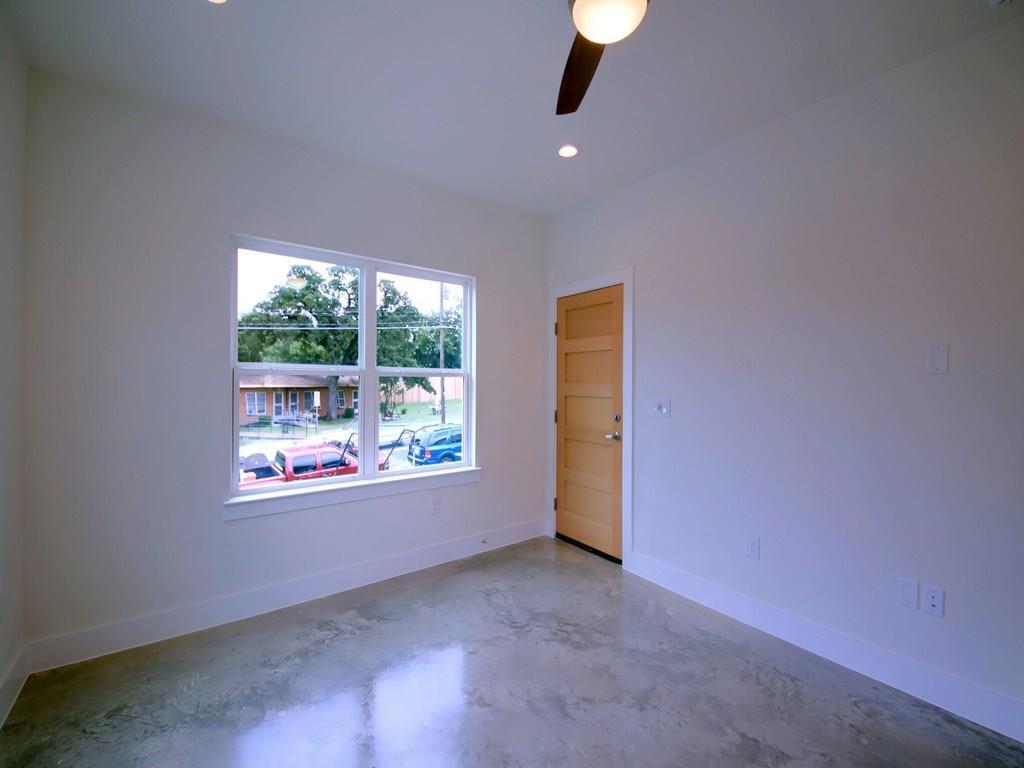 Closed | 1134 Chicon Street #A Austin, TX 78702 9