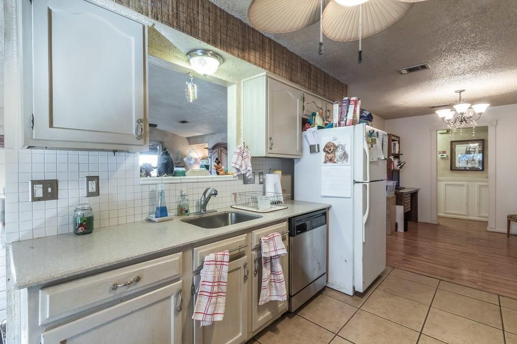 Closed   11510 Sweetwater Trail Austin, TX 78750 12