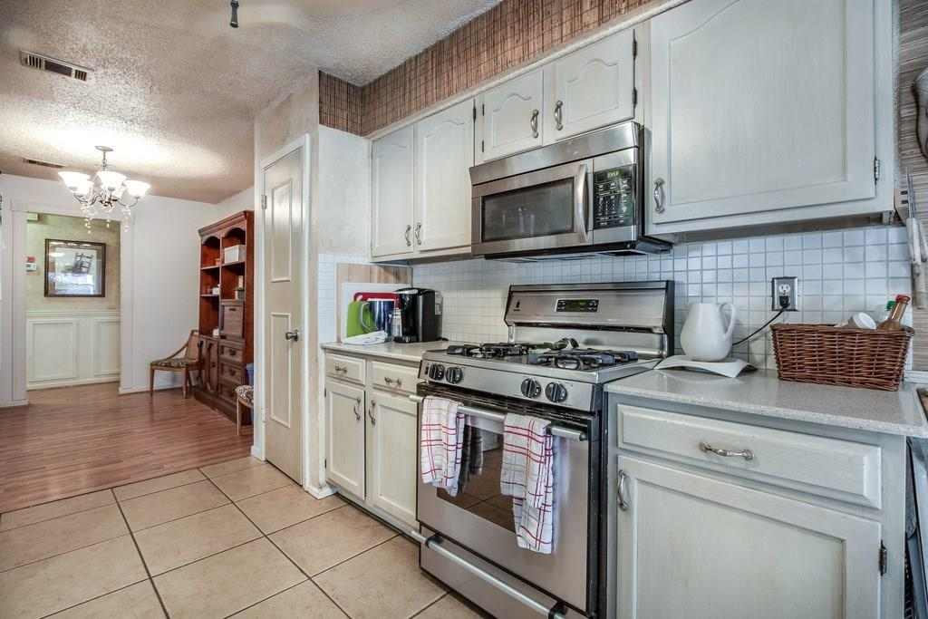 Closed   11510 Sweetwater Trail Austin, TX 78750 13