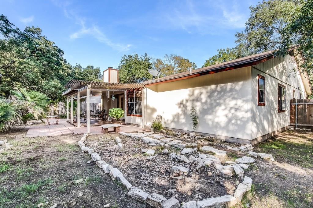 Closed   11510 Sweetwater Trail Austin, TX 78750 25