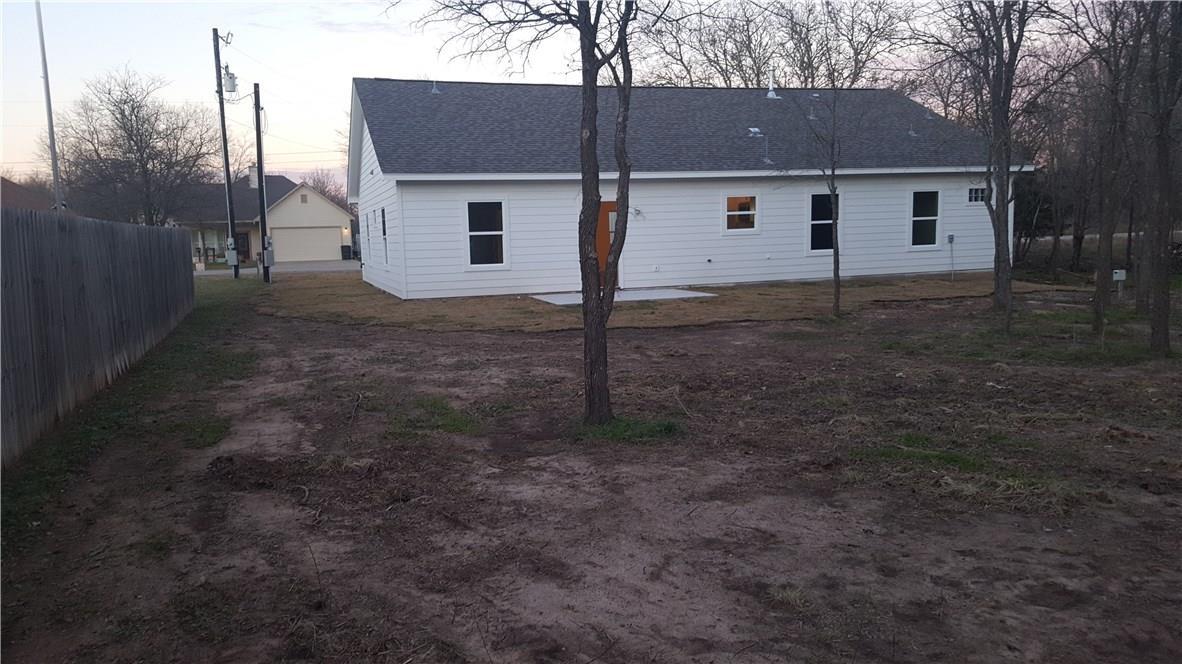 Closed | 323 Lamaloa Lane Bastrop, TX 78602 5