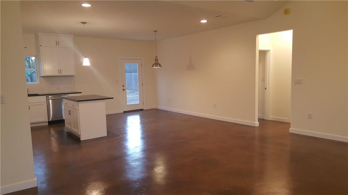 Closed | 323 Lamaloa Lane Bastrop, TX 78602 7