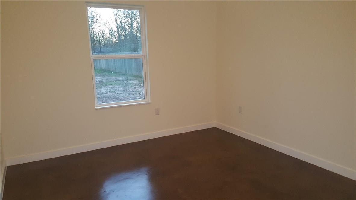 Closed | 323 Lamaloa Lane Bastrop, TX 78602 30