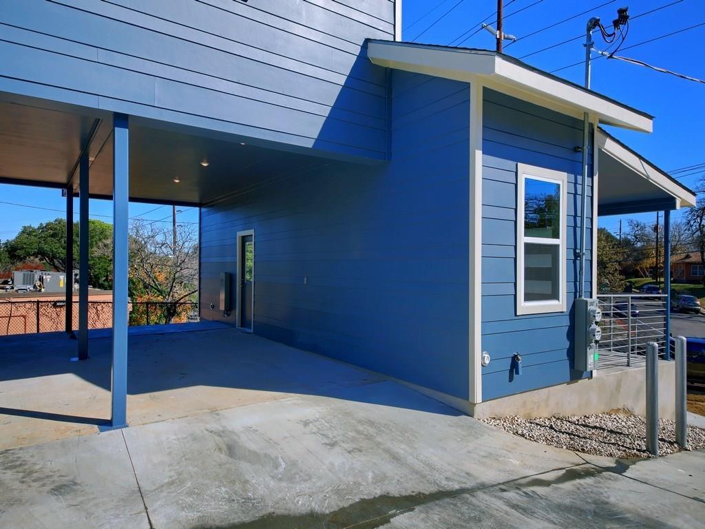 Closed | 1136 Chicon Street #A Austin, TX 78702 7