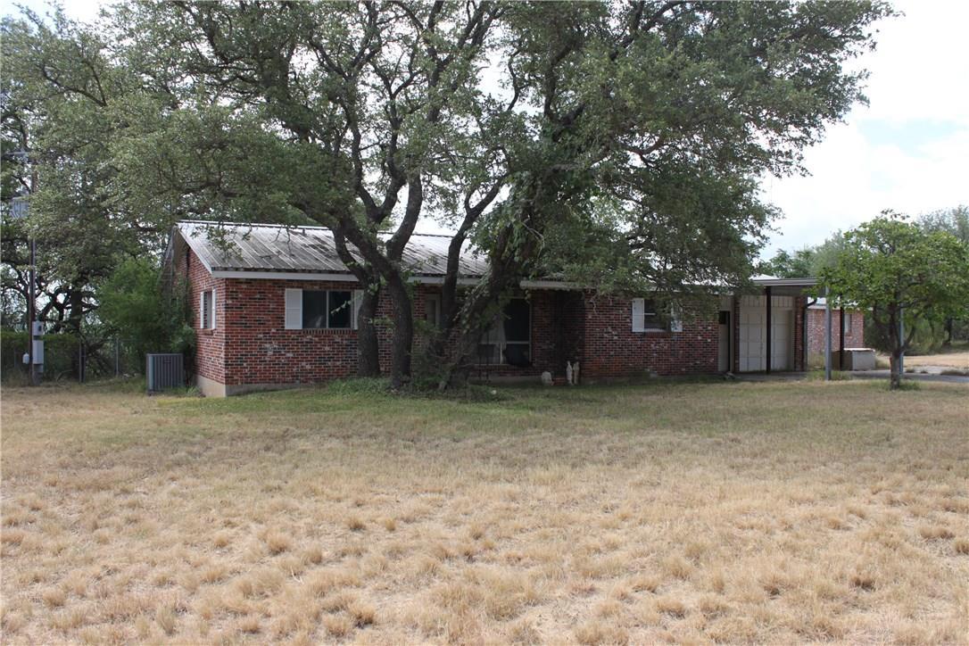 Closed   4515 Bob Wire Road Spicewood, TX 78669 4