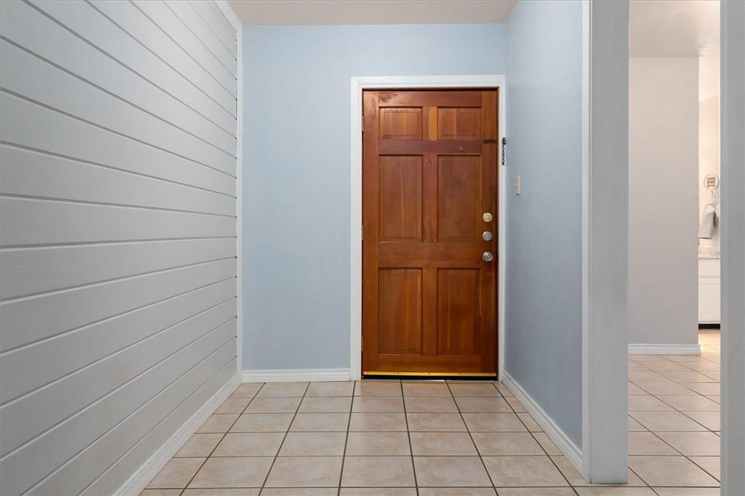 Closed | 1214 Barton Hills Drive #206 Austin, TX 78704 11