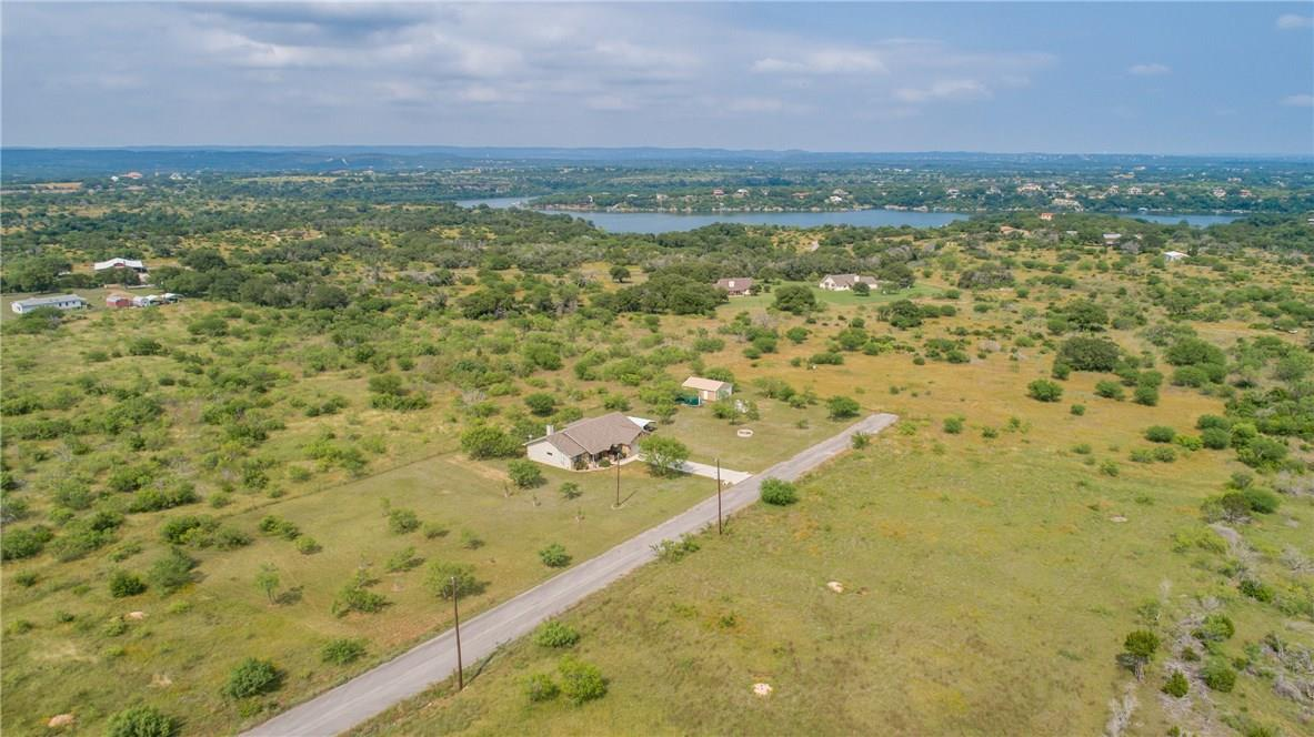 Closed   237 N Paleface Ranch Road Spicewood, TX 78669 31