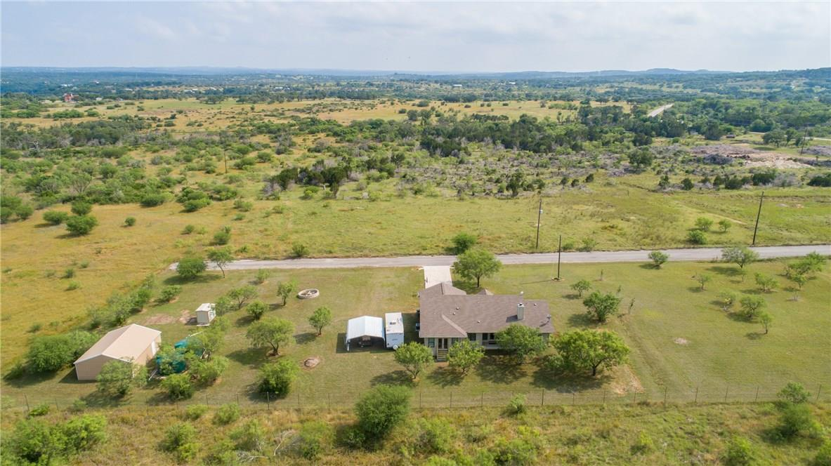 Closed   237 N Paleface Ranch Road Spicewood, TX 78669 35