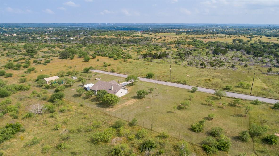 Closed   237 N Paleface Ranch Road Spicewood, TX 78669 36
