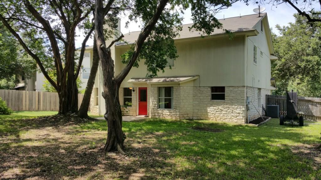 Closed   2701 Gee Street Austin, TX 78745 28