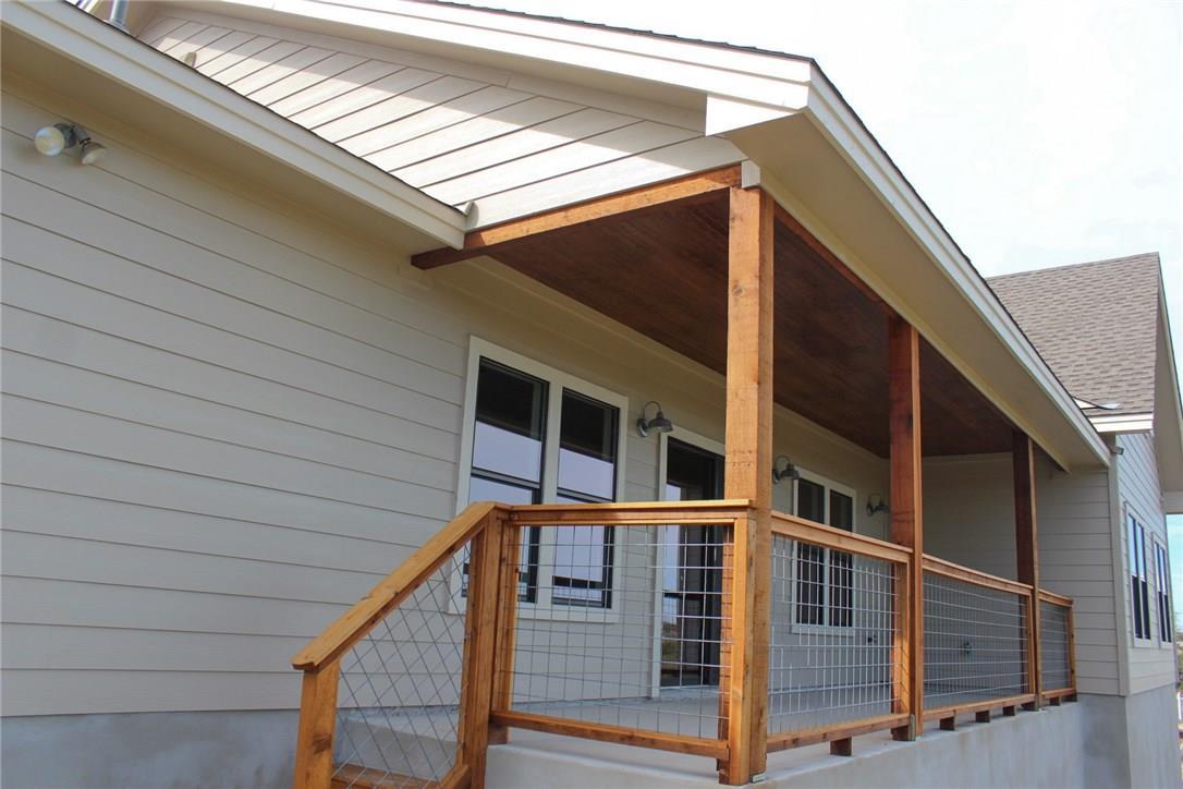 Closed   10611 Creekwood Circle Dripping Springs, TX 78620 28