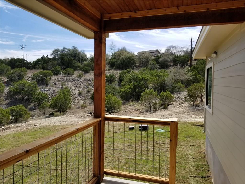 Closed   10611 Creekwood Circle Dripping Springs, TX 78620 29