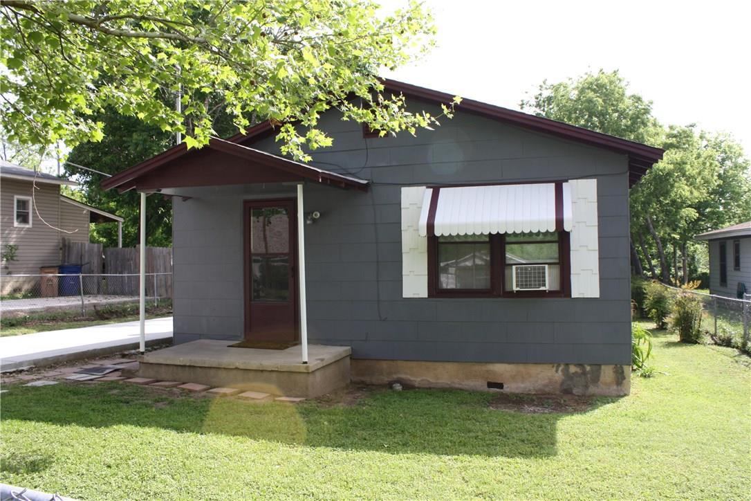 Closed   1709 Deloney Street Austin, TX 78721 15