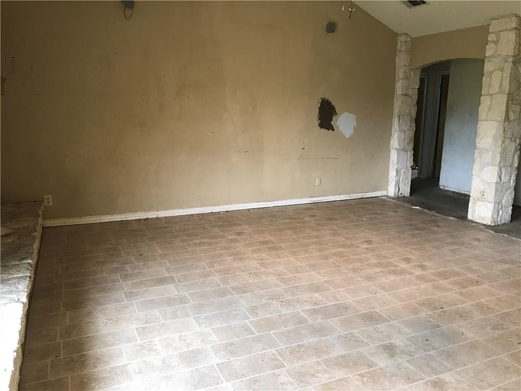 Closed   1903 Lancaster Gate Drive Round Rock, TX 78664 3