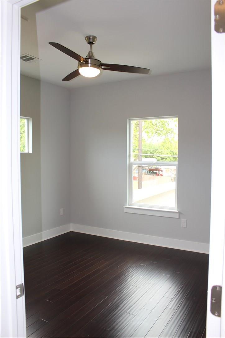 Closed | 7600 Carver Avenue #A Austin, TX 78752 8