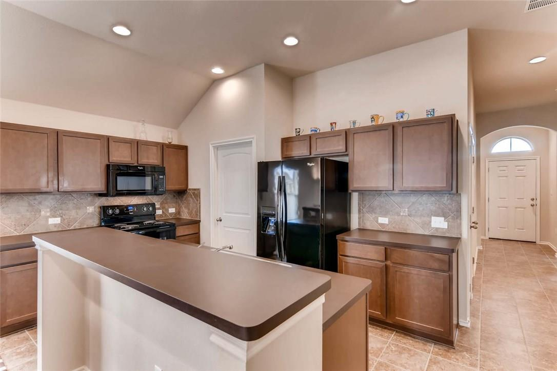 Closed | 12720 Casting Drive Manor, TX 78653 9