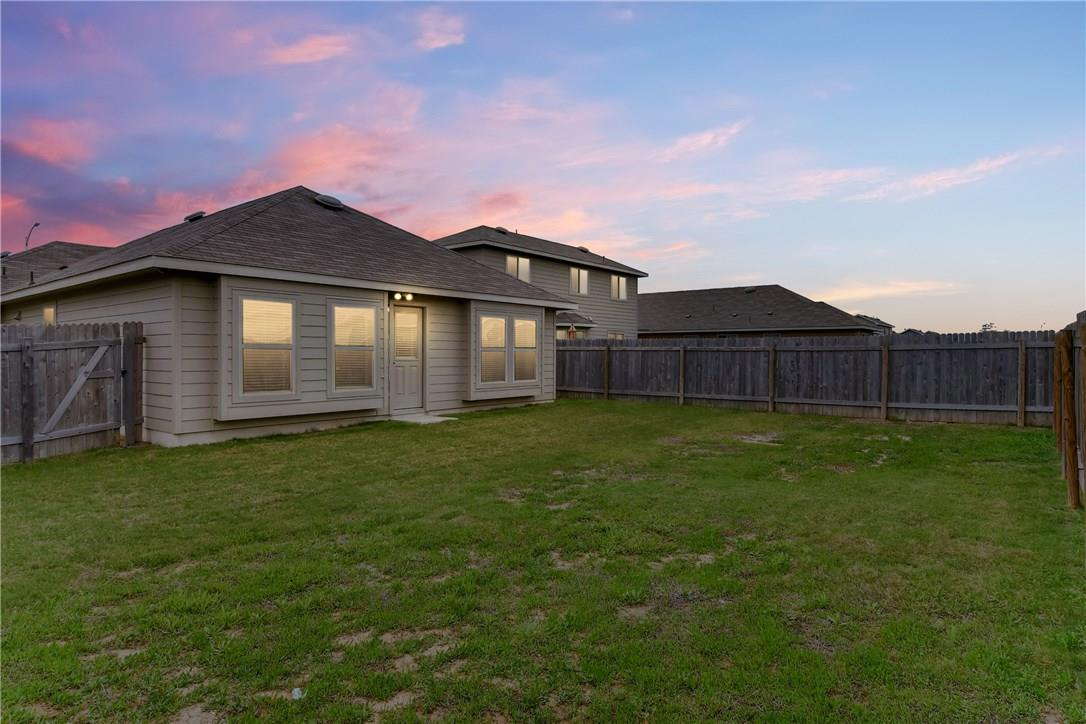 Closed | 12720 Casting Drive Manor, TX 78653 27
